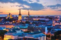 Пейзаж вечера Tallinn, эстонии Стоковая Фотография RF