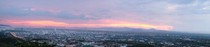 Пейзаж города от взгляда общественного парка Hat Yai Стоковая Фотография RF