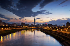 Пейзаж города Тайбэя красивый Стоковые Фото