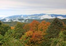 пейзаж горы закоптелый Стоковые Изображения