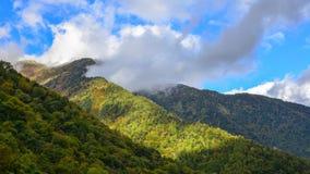 Пейзаж горы на осени в Японии Стоковое Изображение