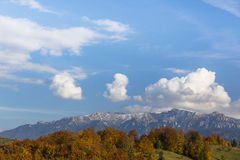 Пейзаж горы осени в Transylvanian Альпах Стоковое фото RF