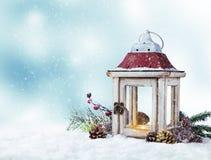 Пейзаж зимы снежный с фонариком Стоковая Фотография