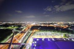 Пейзаж ночи в Осака стоковые изображения rf