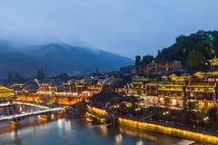 Пейзаж ночи древнего города Хунани Fenghuang стоковая фотография