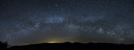 Пейзаж ночи млечного пути Стоковая Фотография