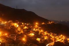 Пейзаж ночи Jiufen, Тайвань стоковое фото