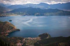 Пейзаж озера Lugu Стоковые Изображения