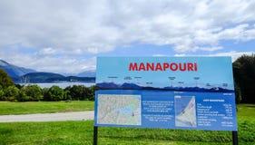 Пейзаж озера Manapouri, Новой Зеландии стоковое фото rf