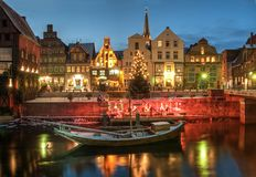 Пейзаж снега и рождества к ноча, neburg ¼ LÃ Стоковое Фото