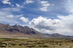 Пейзаж тибетского плато Стоковые Фото