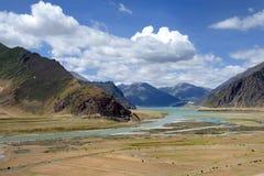 Пейзаж тибетского плато Стоковое Фото
