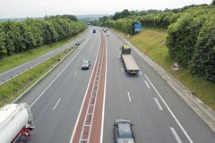Пейзаж шоссе в Франции стоковое изображение rf