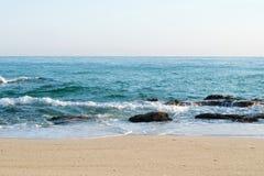 Пена волны моря на пляже Стоковое фото RF