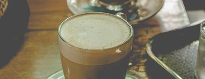 Пена молока в горячем mocha Стоковые Фотографии RF