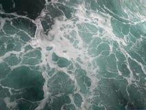 Пена на море стоковое фото