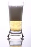 пена пива золотистая Стоковое фото RF