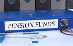 Пенсионные фонды - голубой связыватель в офисе стоковые изображения