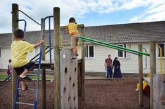 Первая сирийская скамья беженцев в Новой Зеландии стоковая фотография