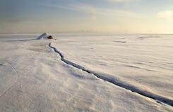 Первая солнечность на Реке Святого Лаврентия в утре зимы стоковое фото rf
