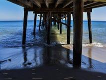 Первоначально пристань бухты рая на шоссе 1 в Malibu, Калифорнии Стоковое Изображение RF