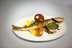 Первоначально еда рыб Стоковое фото RF