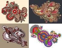 Первоначально линия дизайн притяжки руки цветка искусства богато украшенный Стоковое фото RF
