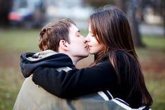 первый поцелуй Стоковое Изображение