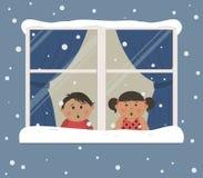 первый снежок Дети смотрят снег через окно иллюстрация вектора