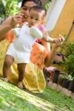 первый шаг младенца Стоковые Фото