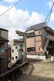 Перевод: ` Строб одн-шагающего ` torii синтоистский должный к взрывать стоковые изображения rf