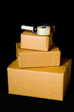 перевозка груза гофрированная коробками стоковые изображения