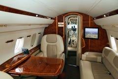 перевозка vip двигателя самолета стоковая фотография