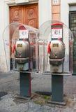 2 переговорной будки в центре Рима Стоковое Изображение