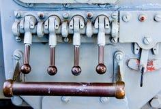 передвигает с помощью рукоятки военно-морской флот Стоковые Фото