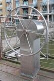 Передвижное колесо моста стоковые фотографии rf