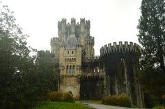 Передний фасад замка Butron, замка построенного в средних возрастах Перемещение истории архитектуры Стоковые Изображения RF