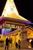 Передовица: Лапландия, Финляндия, 30-ое декабря 2018 Деревня Санта Клауса на Rovaniemi, Лапландии Findland стоковые фотографии rf