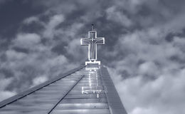 Перекрестные темные облака Стоковые Фото