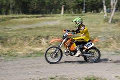 перекрестный всадник moto Стоковые Изображения