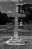 перекрестный камень gravestone Стоковое Изображение RF