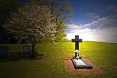 перекрестный тягчайший headstone Стоковые Изображения