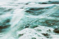 Перекрывая волны Стоковое Фото