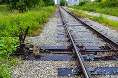 Переключатель руководства железнодорожный на старом заводе Стоковые Изображения