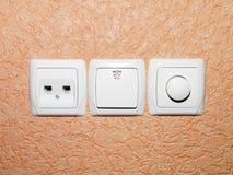 Переключите выключатель дальше стена Стоковые Фотографии RF