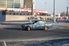 Перемещаться Lada автомобиля спорт классический на спринт ралли на CCM стоковые изображения