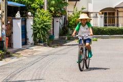 Перемещение велосипедом Стоковое фото RF