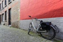 Перемещение велосипедом Стоковое Фото
