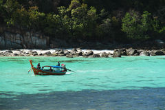 Перемещение вокруг острова Lipe шлюпкой Стоковое Фото