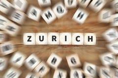 Перемещение города городка Цюриха путешествуя концепция дела кости Стоковое фото RF